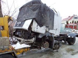 Эвакуация грузовых машин в любое время