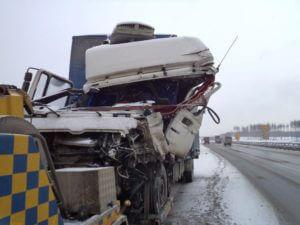 Быстрая эвакуация грузовых автомобилей